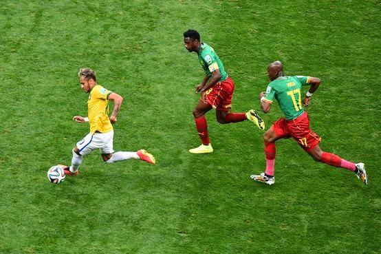 A seleção Brasileira venceu os Camarões por (4-1)
