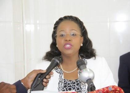 Governadora da cidade de Maputo, aconselha população de baixa renda a aproveitarem derivados de Frango
