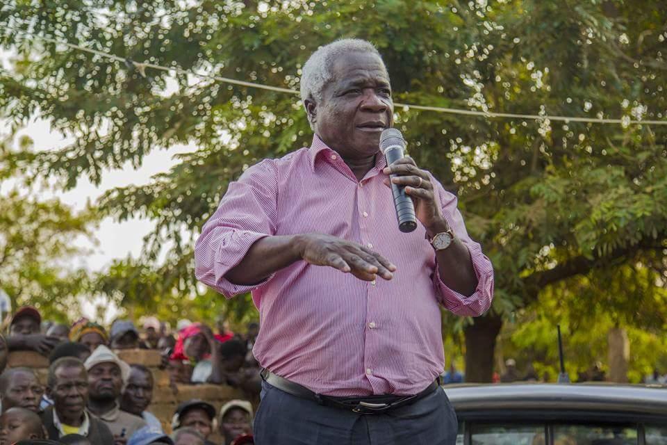 Afonso Dhlakama líder da perdiz