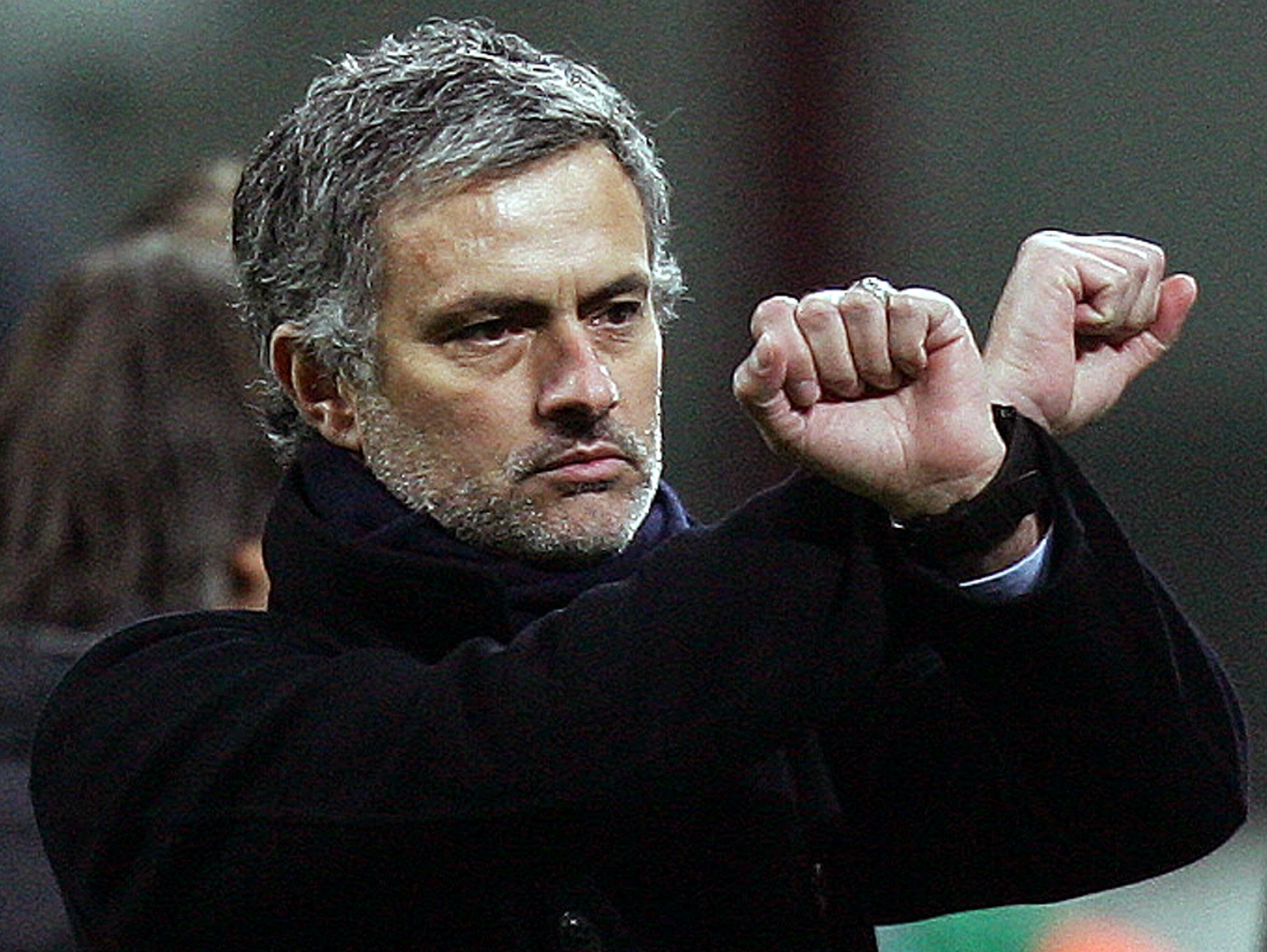 Arsenal quer Mourinho e pede ao treinador para que esqueça o Manchester United