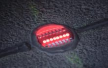 Cidade alemã instala semáforos no chão para evitar atropelamento de viciados em celular