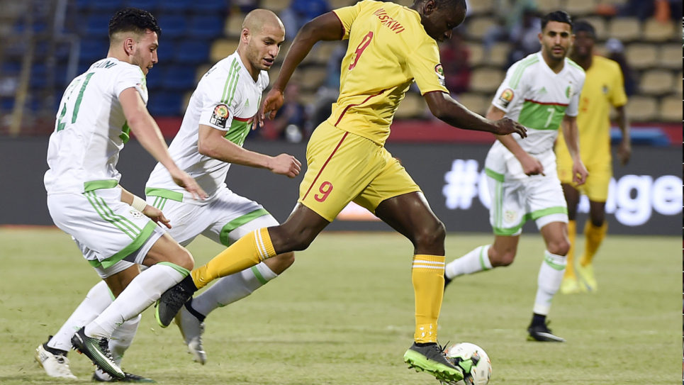 CAN 2017 : Argélia empata com Zimbabué (2-2)
